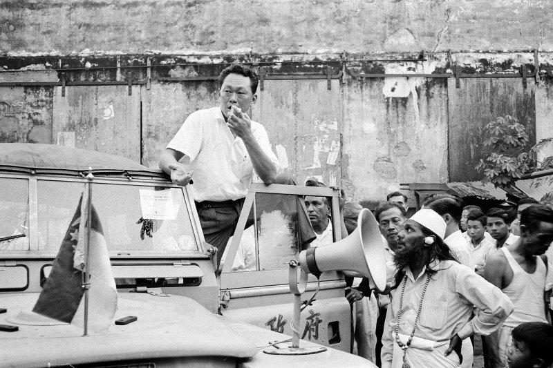 新加坡開國總理李光耀,攝於1964年7月29日(美聯社)