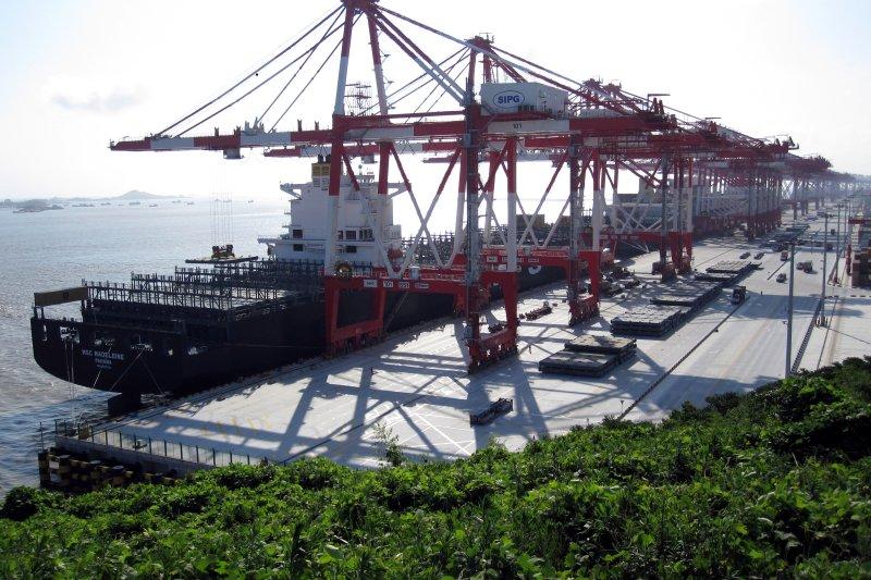上海洋山深水港(維基百科)