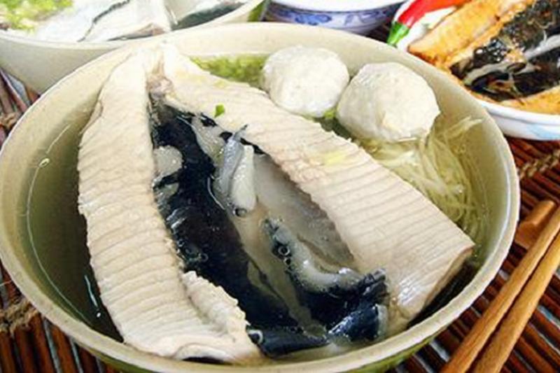 虱目魚湯鮮美可口。(華夏網)