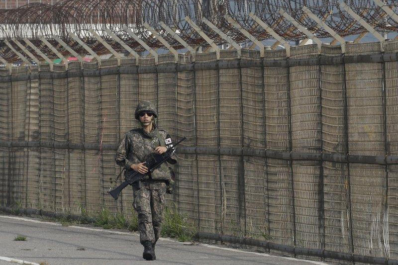 南韓軍人在非軍事區附近巡邏(美聯社)