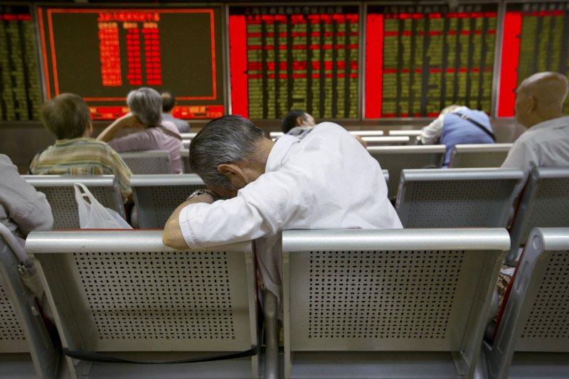 北京連續犯3錯,中國經濟陷困境,但現在就唱衰中國經濟是太早了。(資料照片,美聯社)