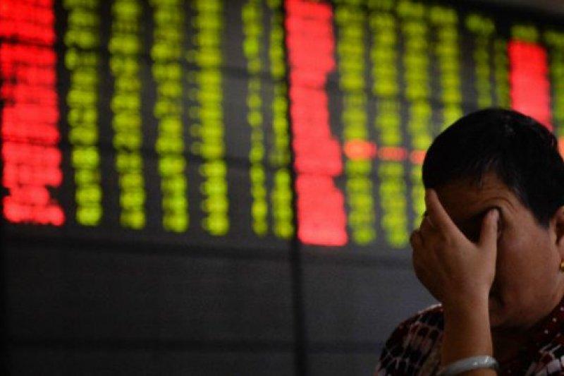 「投資者對中國過渡的恐慌情有可原。因為對中國經濟的真正狀況不夠透明,大家寧可多加小心」。(BBC中文網)