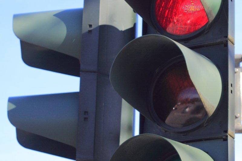 紅綠燈。(取自網路)