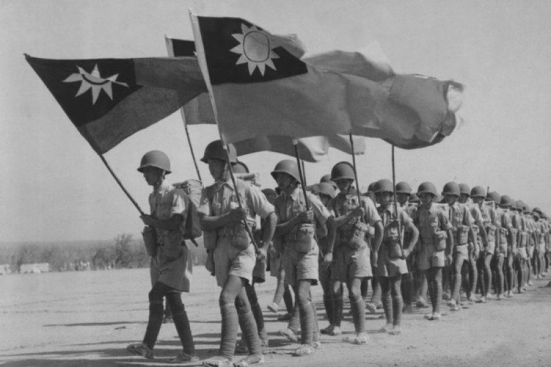 作者在文中剖析二戰中八年抗戰的歷史。(取自網路)