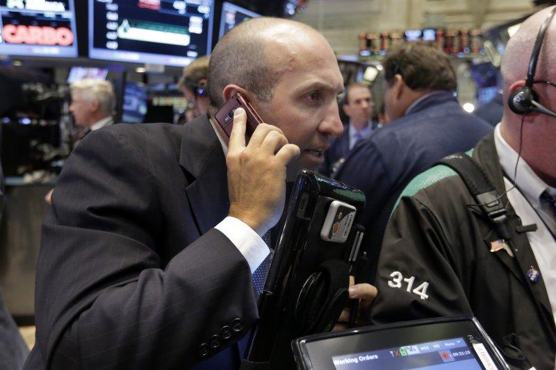 華爾街股市27日大跌(美聯社)