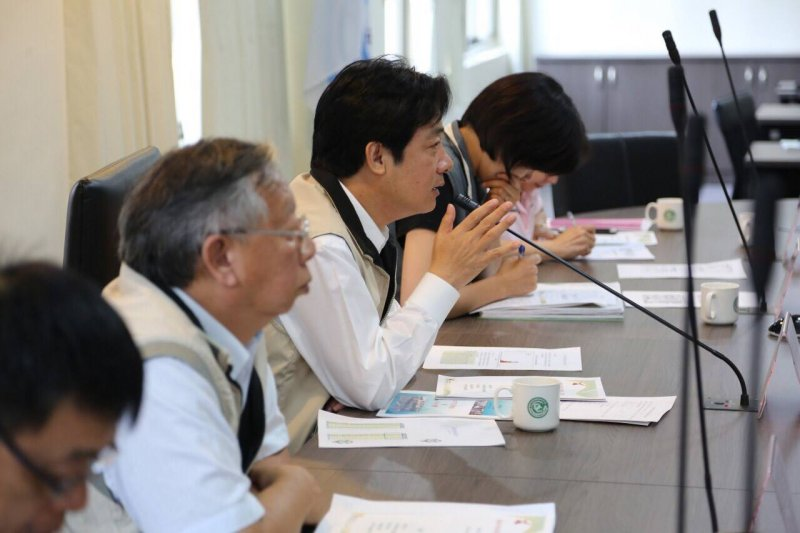 台南市長賴清德督導登革熱防治工作。(賴清德臉書)