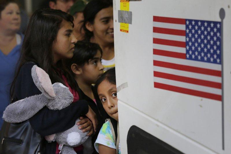 面對歐洲難民潮,美國顯得相對沉默與消極。(美聯社)