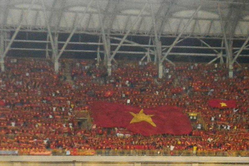 「不要再告訴我越南會超過台灣,越南的外交處境正常,邦交國遍佈全球;因為1945年9月就註定了你台灣永遠贏不過越南;胡志明看到以後,也會搖頭嘆息的吧⋯⋯」(示意圖,取自陳龍輝臉書)