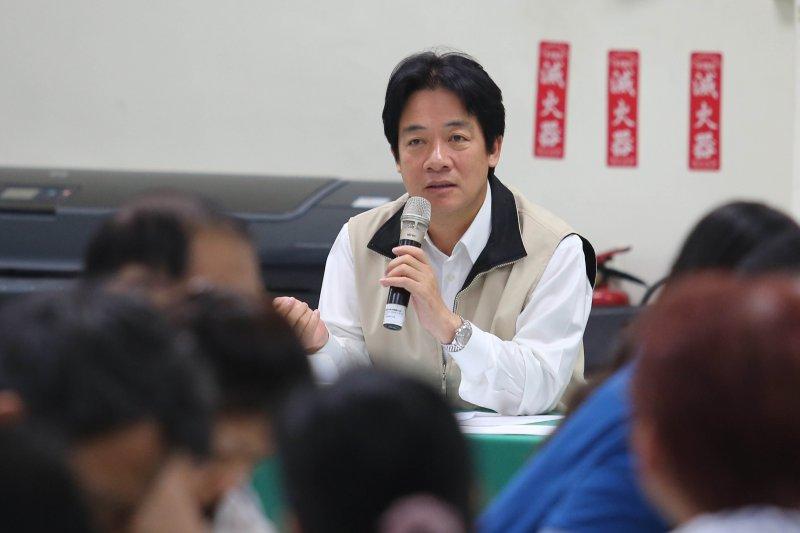 台南市長賴清德在登革熱流行疫情指揮中心第16次會議上表示,面對登革熱防疫作戰,無論是中央或地方,全都嚴陣以待,絕不懈怠。(取自台南市府網站)
