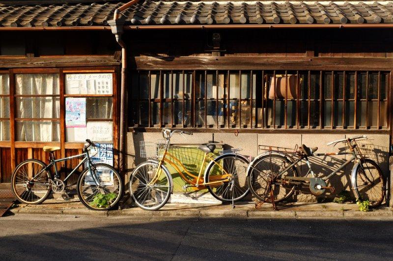 在京都,除了公車與地下鐵之外,單車也是以個環保又方便的好選擇(圖/ShoIto@flickr)