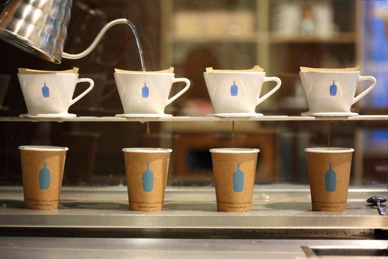 接下來這間咖啡店,可能在臺灣造成新的熱潮!(圖/取自Blue Bottle Japan@facebook)