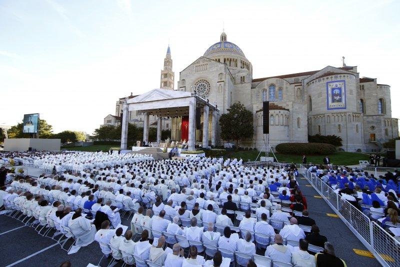教宗方濟各23日將18世紀傳教士塞拉(Junípero Serra)策封為聖人(美聯社)