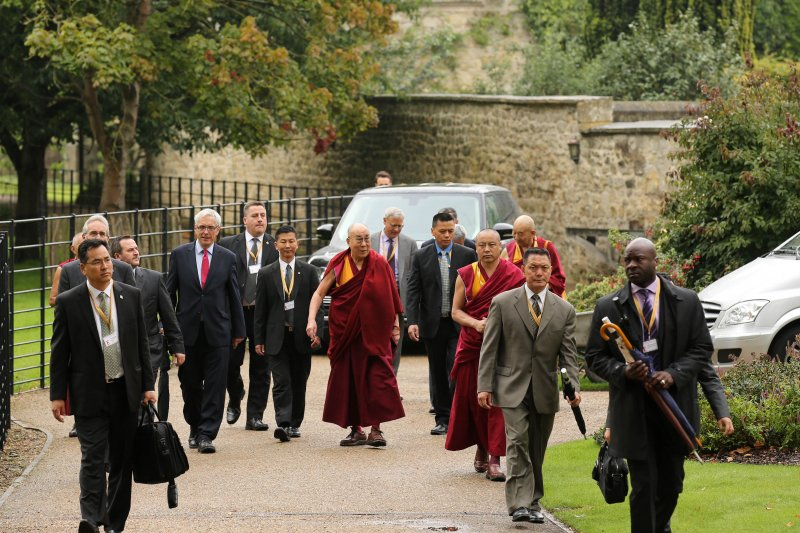 達賴喇嘛造訪英國。(美聯社)