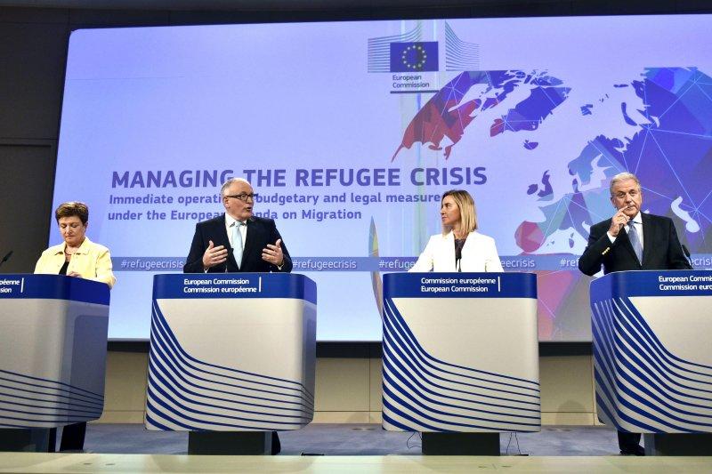 歐盟23日召開臨時會議,決定補助10億歐元解決難民問題。(美聯社)