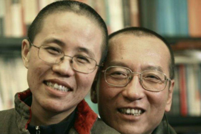 聯署公開信的內容說,劉霞(左)的精神狀態堪憂。(BBC中文網)