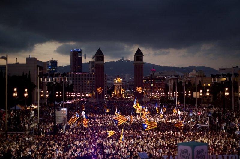 加泰隆尼亞議會主張獨立議員人數過半,18個月內將宣布獨立。(美聯社)