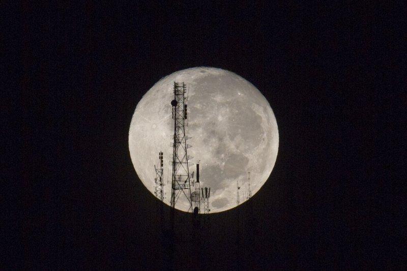 超級月亮(美聯社)