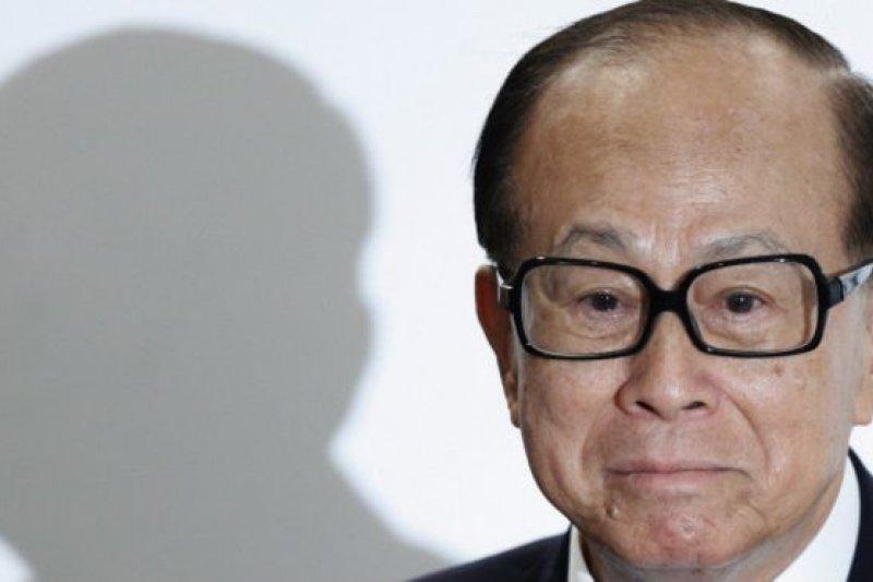 李嘉誠通過其旗下香港長江實業集團的官方網站發表對中國官媒「撤資」批評的回應。(BBC中文網)