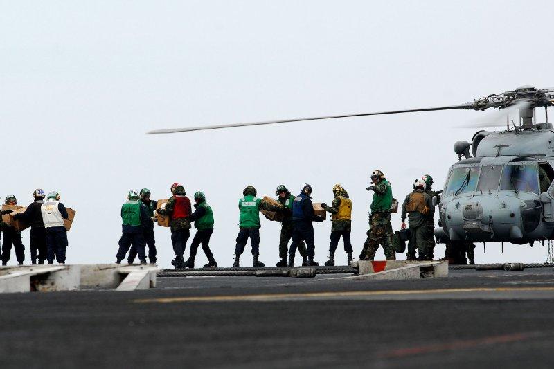 2011年東日本大震災後,雷根號曾赴日運送物資。(維基百科)