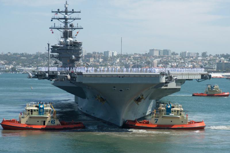 雷根號航空母艦8月31日駛離加州聖地牙哥北島海空軍基地,準備到日本接替喬治華盛頓號的前進部署任務。(美軍太平洋艦隊Flickr)