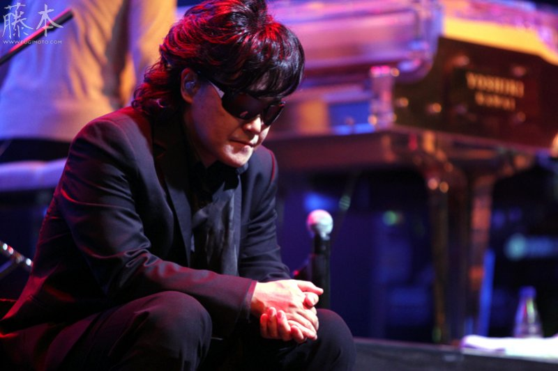 搖滾紅星XJapan主唱Toshi,被邪教思想禁錮長達十幾年的血淚告白⋯⋯。(圖/Julio_Fugimoto@flickr)