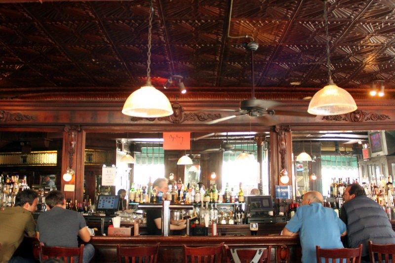 紐約Landmark Tavern愛爾蘭酒吧(圖/Prayitno@flickr)