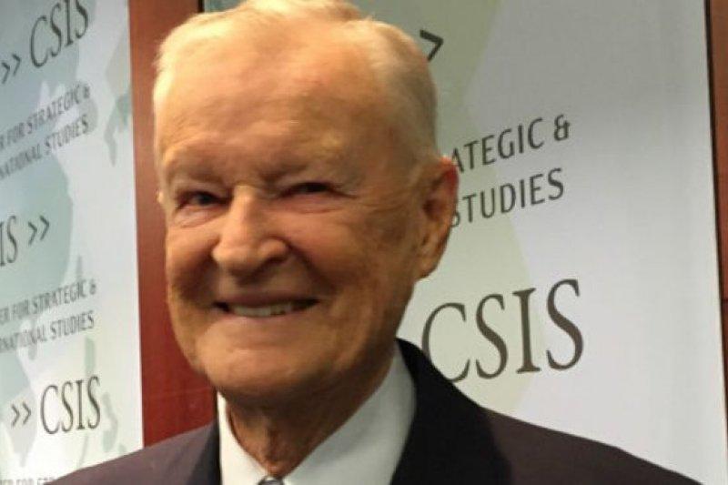 布里辛斯基表示中美兩國關係發展很大程度上取決於兩國國內問題。(BBC中文網)