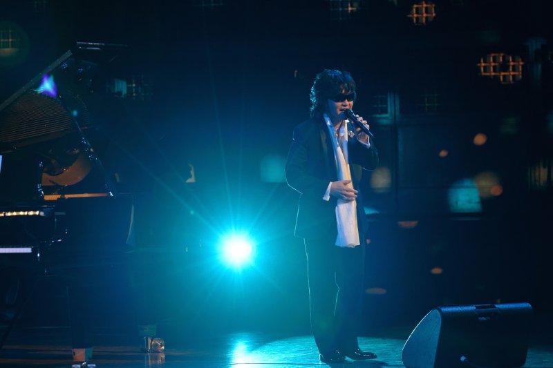 X Japan樂團主唱Toshl,淪為邪教團體的斂財工具長達十二年。(圖/Justin Higuchi@flickr)