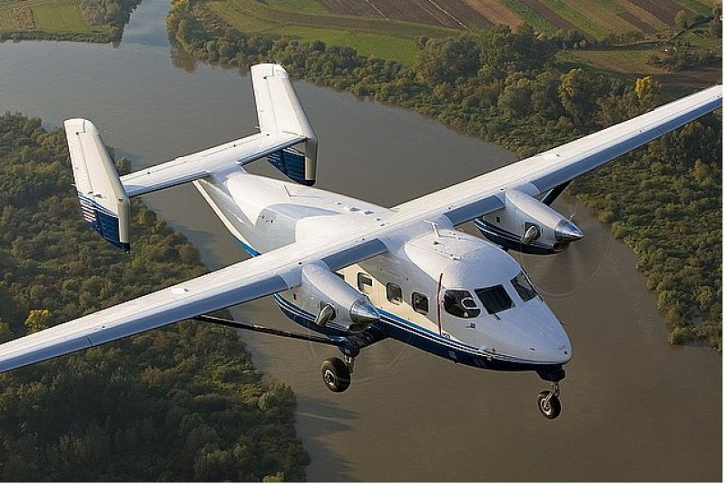 接手經營蘭嶼、綠島等5條偏遠離島航線的全球通航空,規劃在8月底引進波蘭PZL產製的M-28型客機,卻因故跳票。圖為PZL公司的M-28同型機。(取自pzlmielec官網)