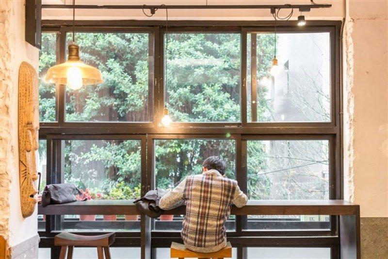 五家隱身都市叢林的靜謐咖啡館,是在喧鬧中沉澱心情的好地方。