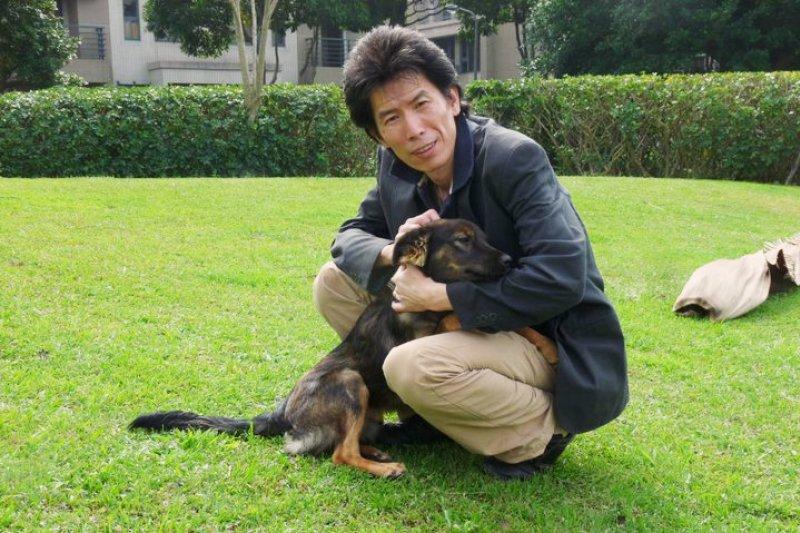 「我不敢說我多愛狗,但我對狗有一種很特殊的感情。」(圖/好日。誌)