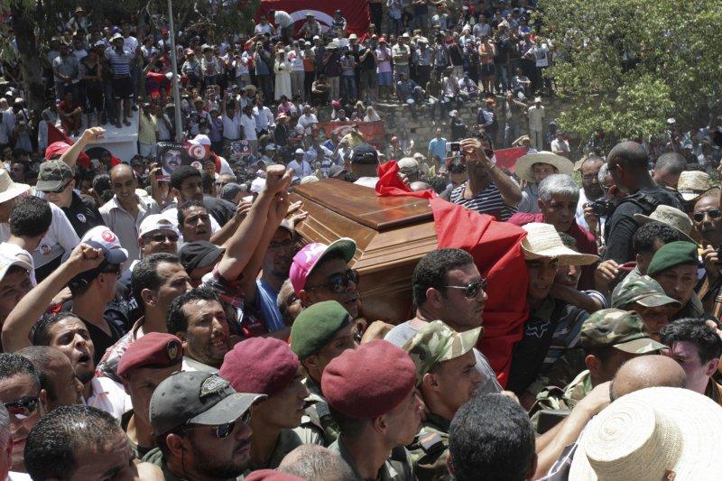 茉莉花革命之後,突尼西亞不時發生政治暗殺事件(美聯社)