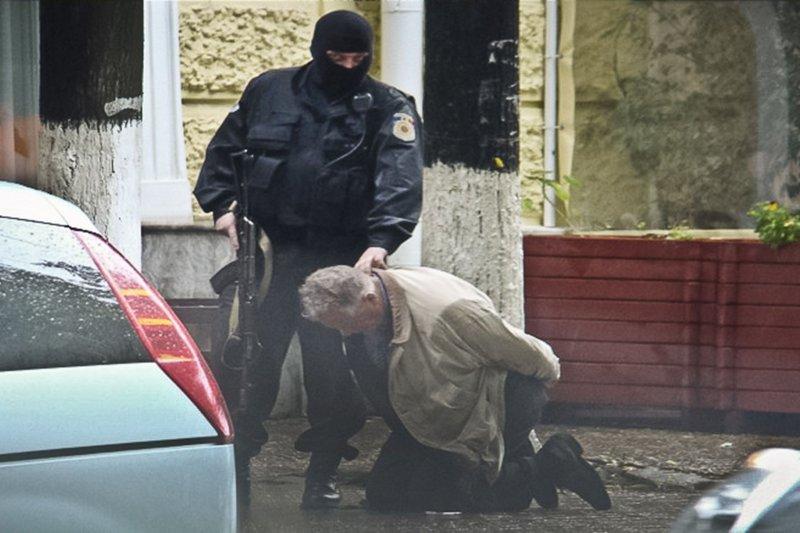 摩爾多瓦警方逮捕盜賣核原料的掮客。(美聯社)
