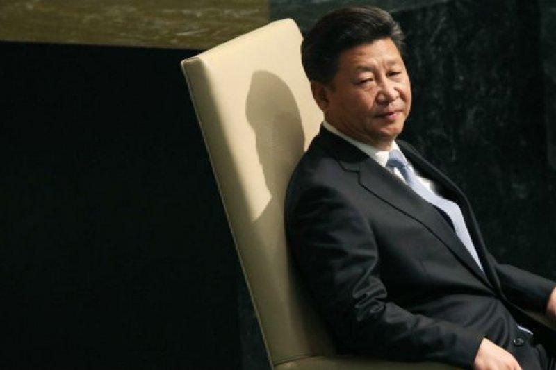 習近平將在結束英國訪問返抵北京兩天後,就要立即主持中共十八屆五中全會。(BBC中文網)