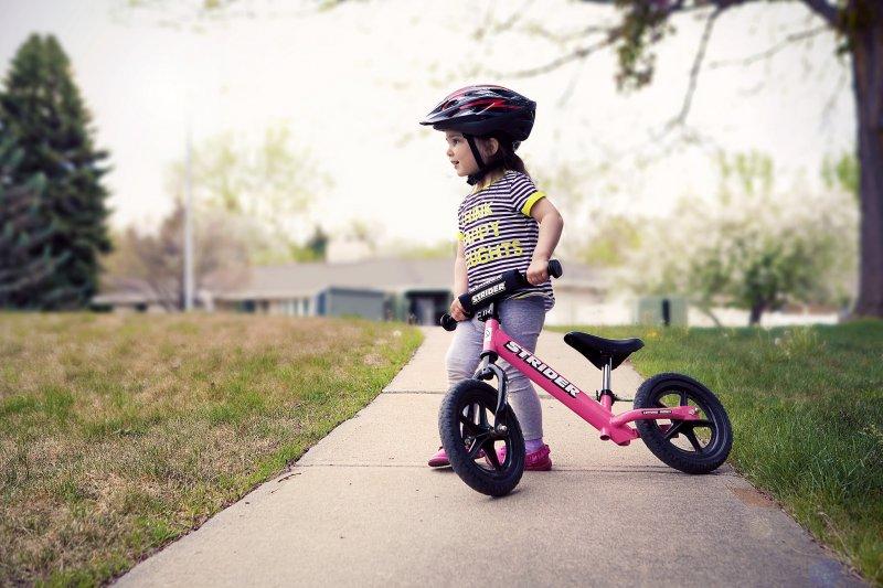 小孩學習力強,容易學習新事物(圖/TravisSwan@flickr)