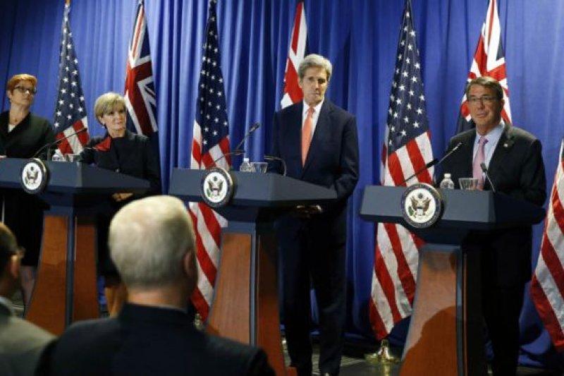 美國國務卿凱瑞和國防部長卡特在波士頓與到訪的澳洲外長畢曉普和國防部長佩恩舉行了會晤。(BBC中文網)