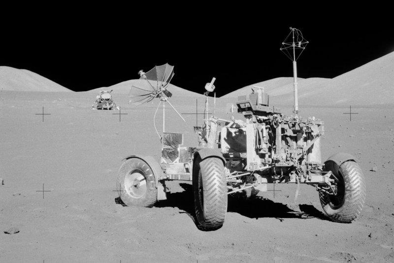 阿波羅17號任務的太空車(維基百科)