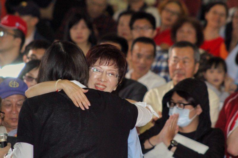 洪秀柱10月18日在建中舉行「國民廣場,我們的心聲」大會(曾原信攝)