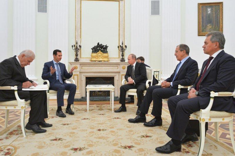 阿塞德21日突然訪問莫斯科,與普京討論敘利亞內戰與伊斯蘭國的恐怖分子威脅。