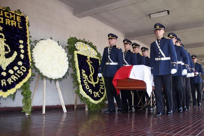 皮諾契二○○六年喪禮,他是獨裁者,卻仍備極哀榮。(衛城提供)