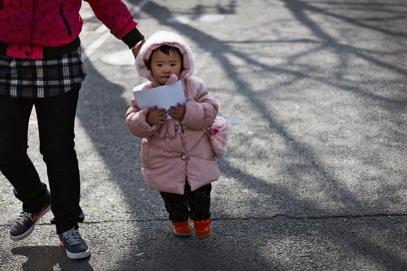 中國將解禁「一胎化」政策(美聯社)