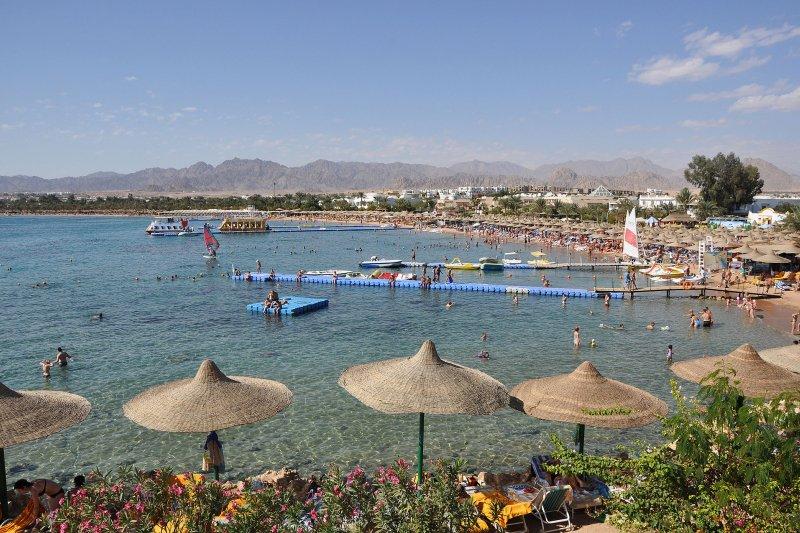 沙姆沙伊赫的沙灘景緻。(維基百科)