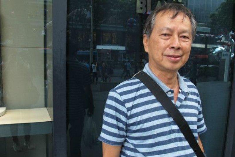 新加坡的Tan先生說:「中國、台灣領導人在新加坡會面,還蠻有趣的。我覺得會議重要,因為中國希望讓台灣統一,雙方互相信任。假如中國給香港多點空間,事情會比較順利,對台灣也是一樣。」(BBC中文網)