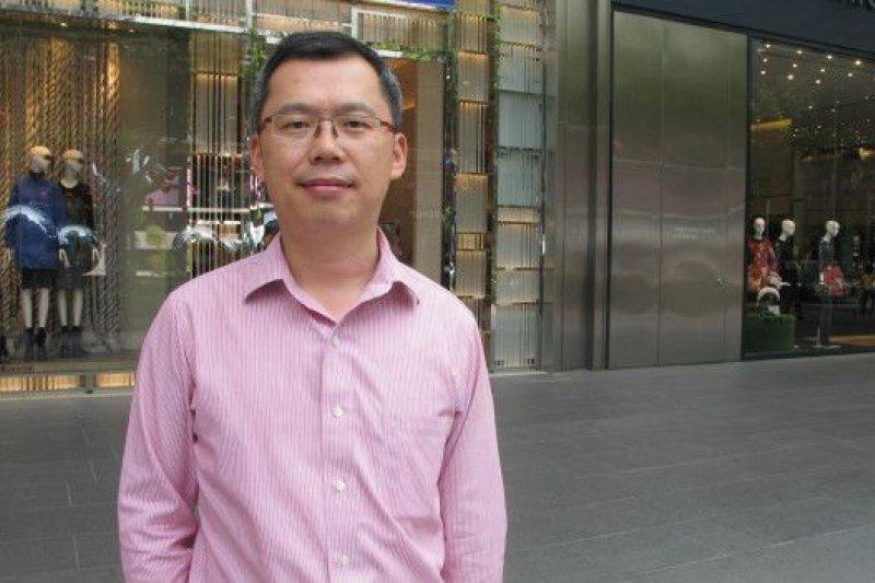 來自上海、在新加坡工作兩年的沈一鳴認為習馬會在獅城舉行對新加坡有利。(BBC中文網)