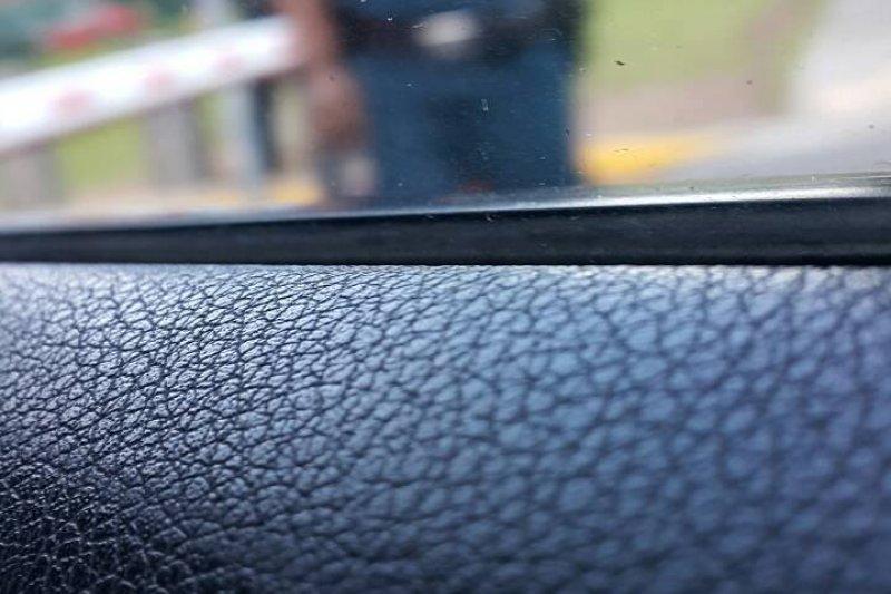 台聯台北市港湖區立委參選人蕭亞譚前往「馬習會」舉行地點香格里拉酒店,遭新加坡警方帶走問訊。(取自蕭亞譚網路總部)