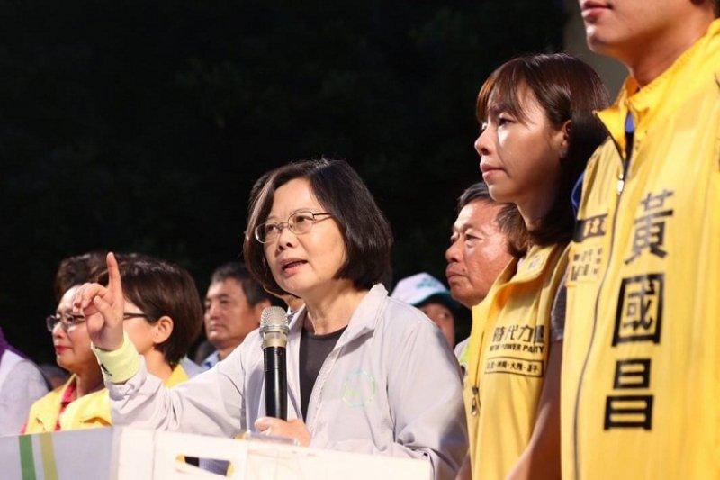 馬習會後,民進黨總統參選人蔡英文基層輔選火力全開,痛批馬習會傷害台灣。(取自蔡英文臉書)