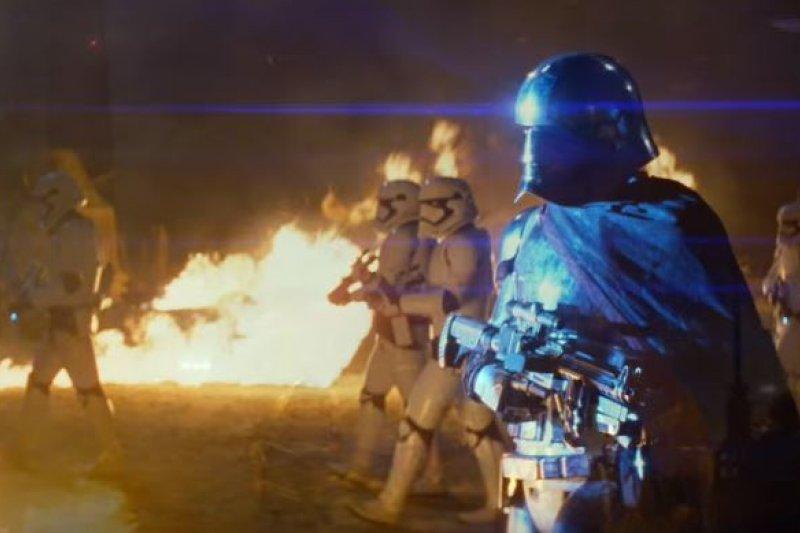 星戰之父盧卡斯說,這系列電影還可以再戰100年!(圖/Starwars@youtube)