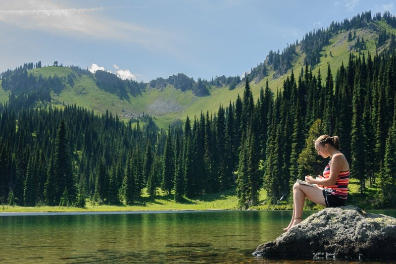 CEO們即使再忙再累,都不會犧牲閱讀時間。(圖/Loren Kerns@flickr)