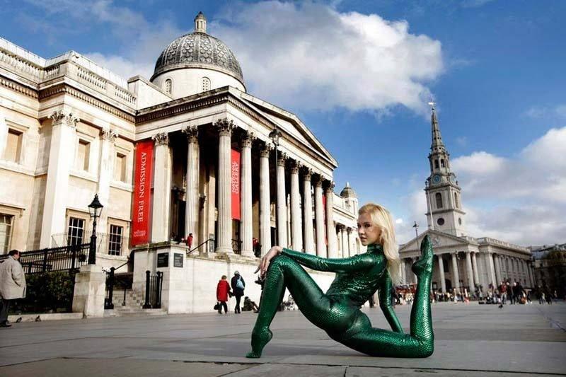 倫敦街頭的表演藝人。