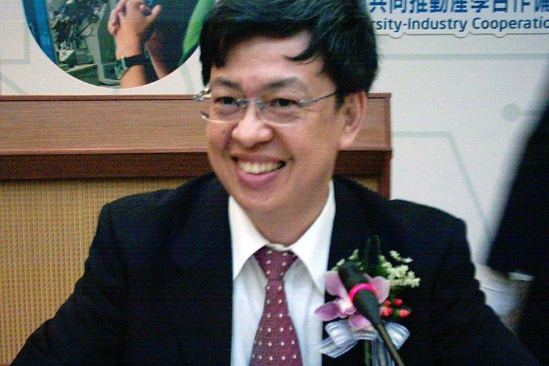 陳建仁(Rico Shen、維基百科)